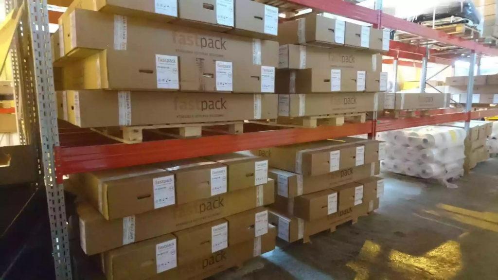 Доставка термоусадочной пленки для упаковки больших крупногабаритных объектов.