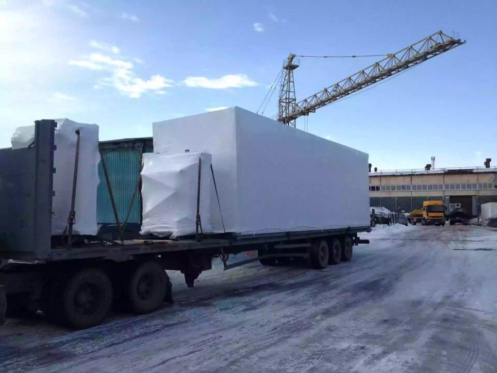 Упаковка негабаритного оборудования в пленку Фастпэк для перевозки. Услуги и материалы.