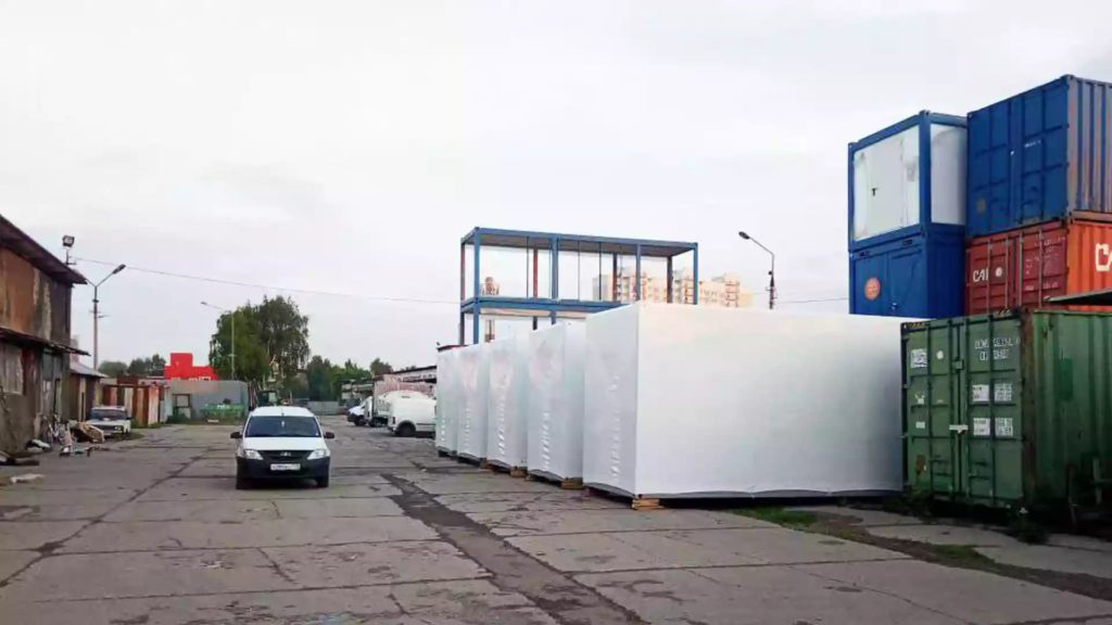 Укрытие блочно-модульных зданий в термоусадочную пленку - услуги упаковки