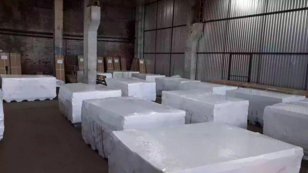 Упаковка оборудования в пленку 190 микрон, шириной 9,8 метра