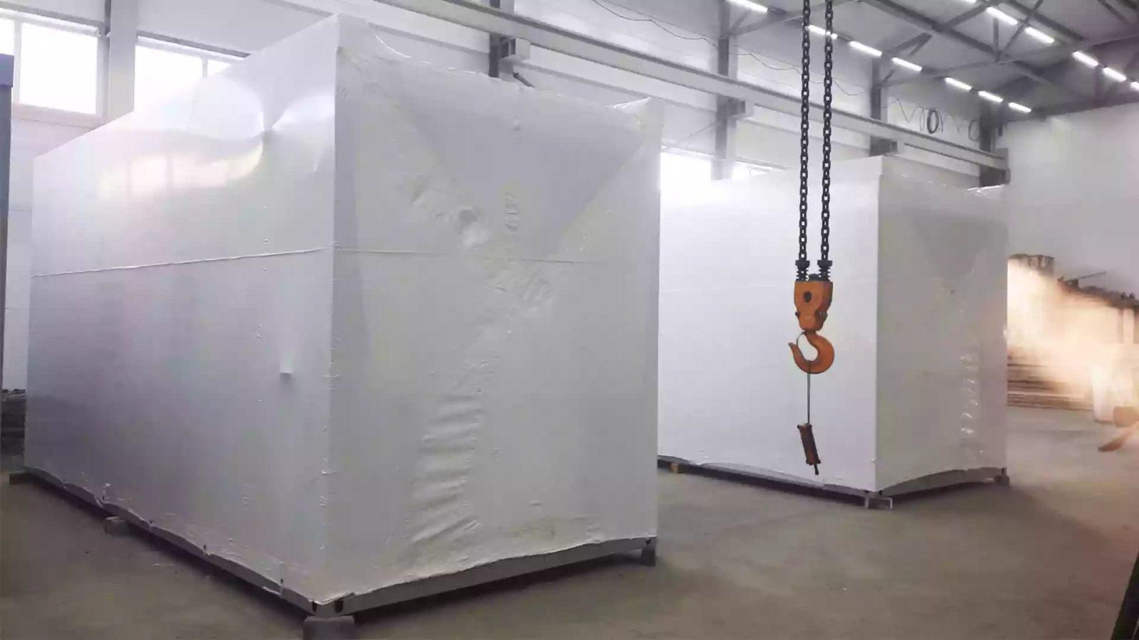 Упаковка крупногабаритного объекта в термоусадочную пленку