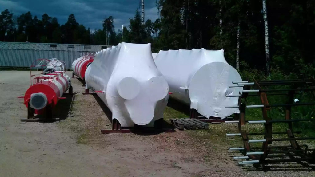Упаковка дымовых труб котельных в термоусадочную пленку