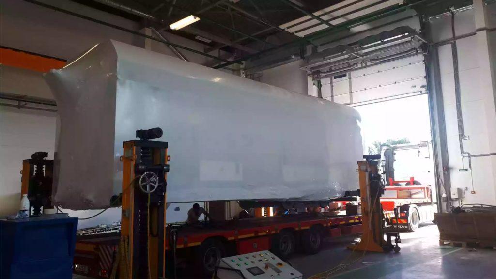 Упаковка негабаритного оборудования в термоусадочную пленку