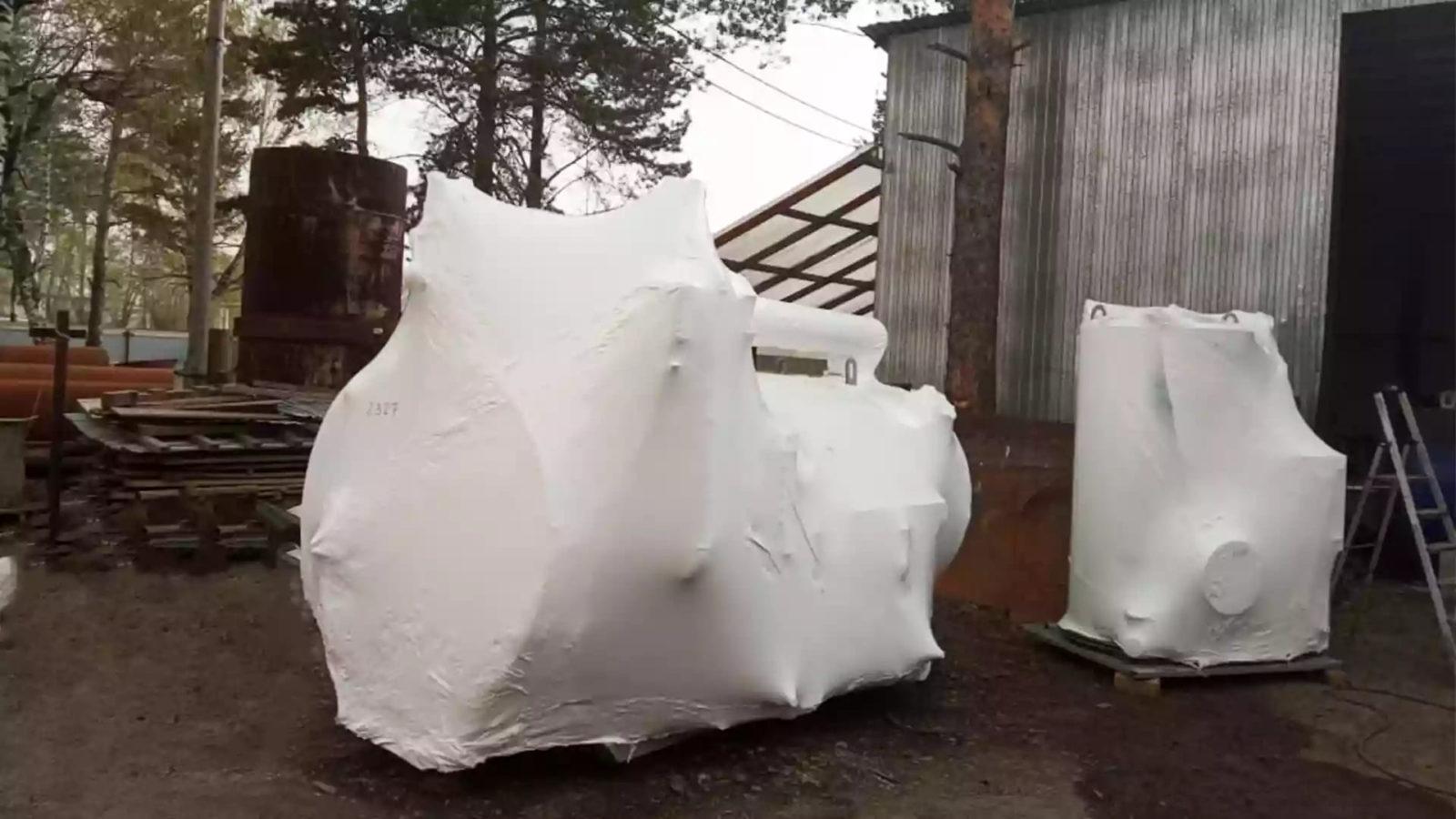 Упаковка парового котла в термоусадочную пленку за 75 минут