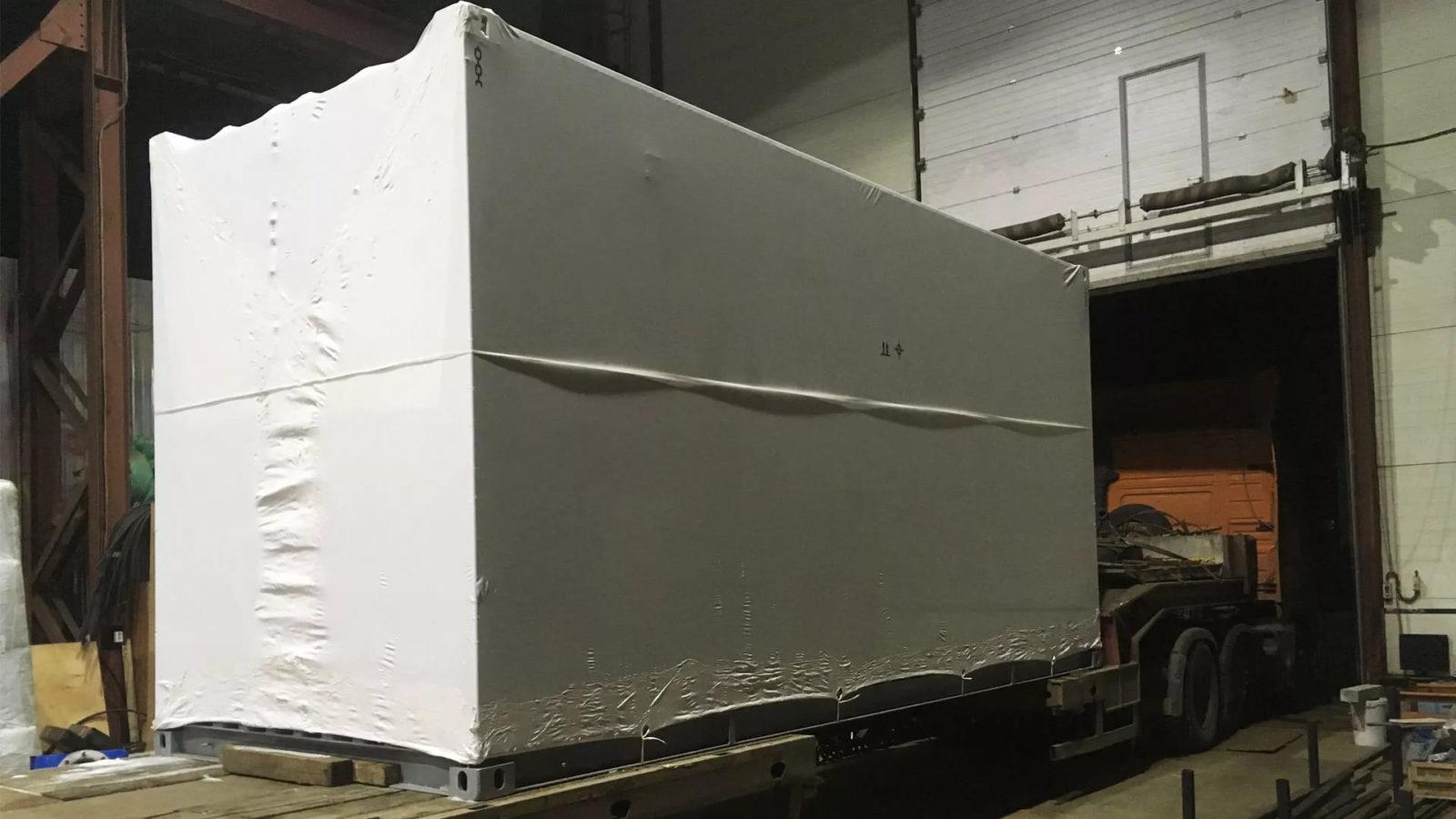 Упаковка оборудования в Саратове в термоусадочную пленку