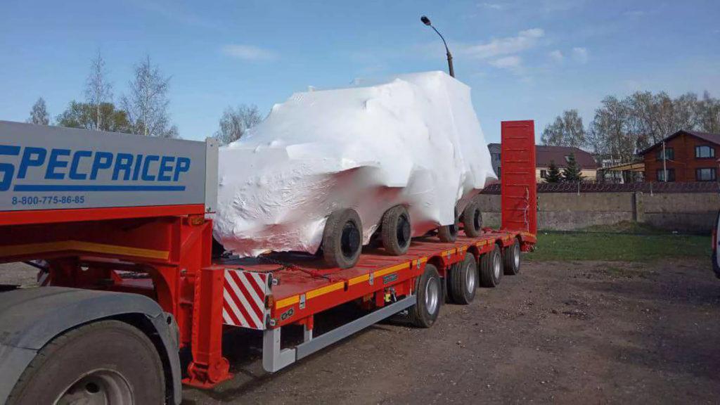 Упаковка спецтехники для транспортировки в термоусадочную пленку