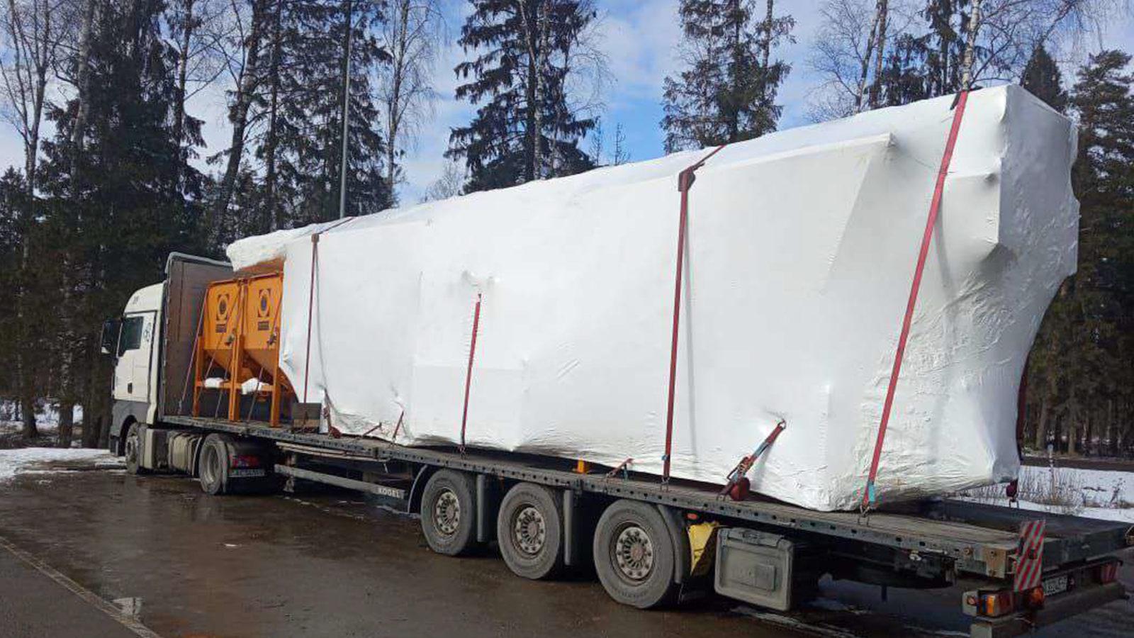 Упаковка груза в Мытищах в промышленную термоусадочную пленку FastPack была произведена за 3,5 часа