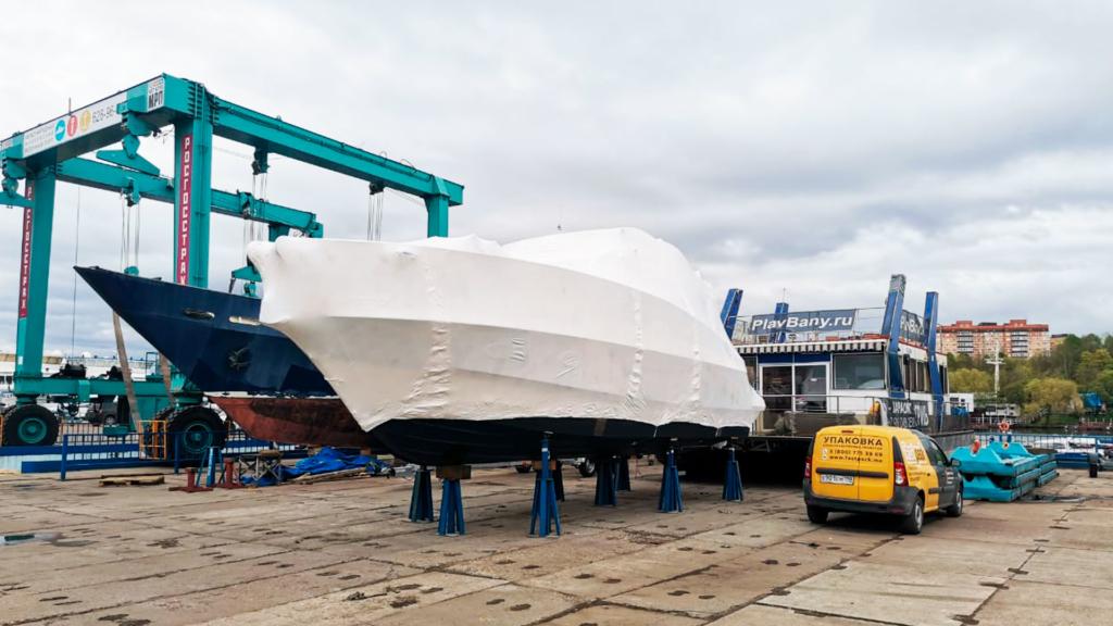 Упаковка груза в Подмосковье проводилась нашими специалистами, мы упаковали это судно за 3 часа